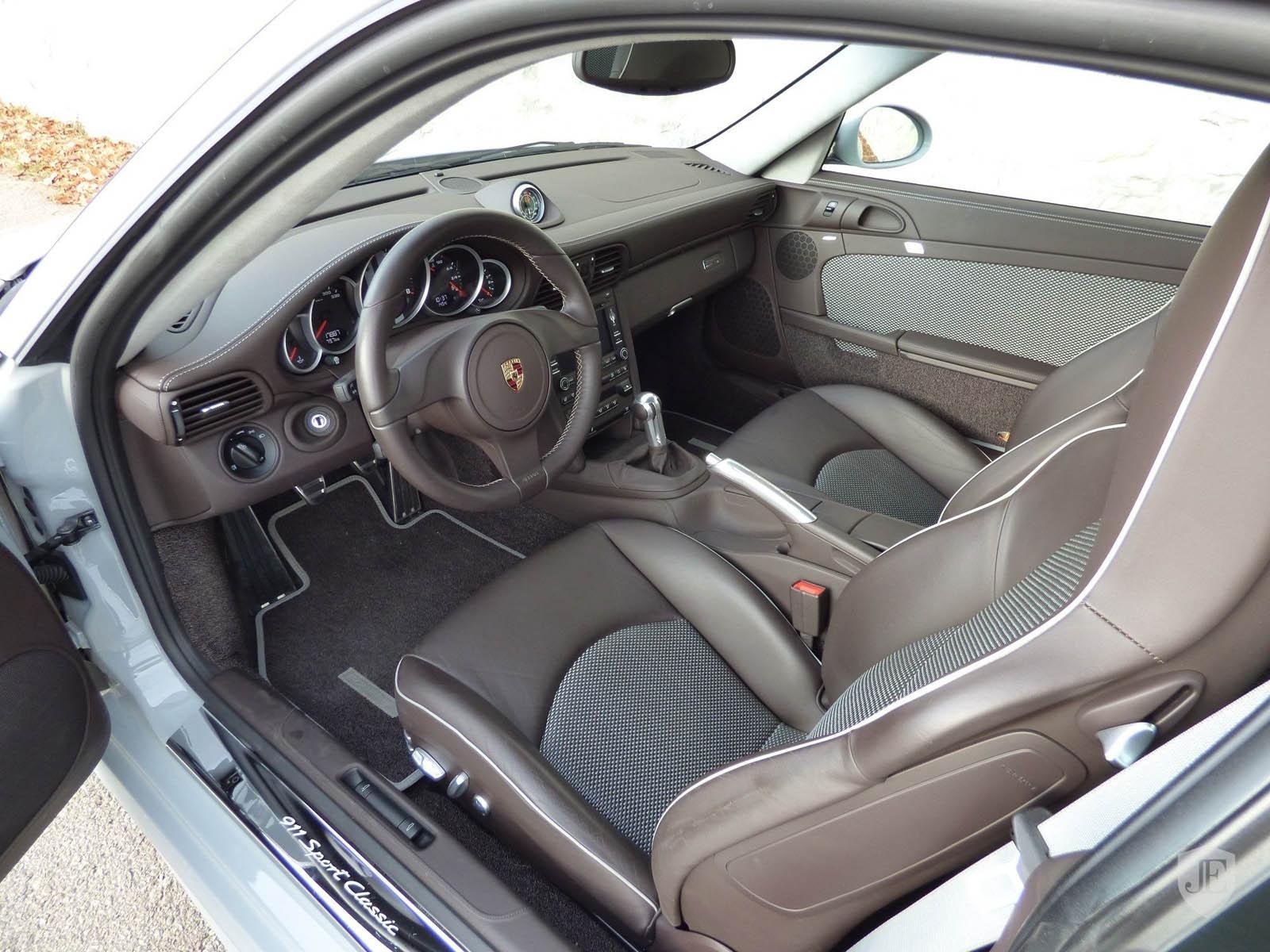 Porsche_911_Sport_Classic_09