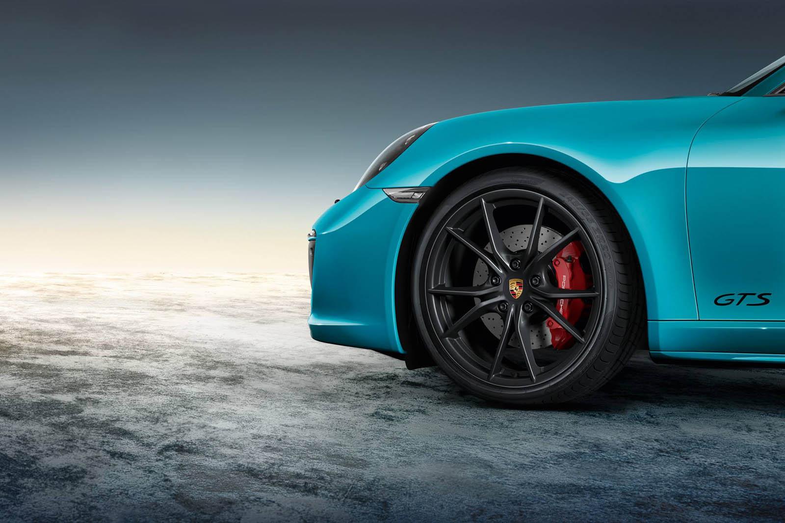 Porsche 911 Targa 4 GTS SportDesign (4)