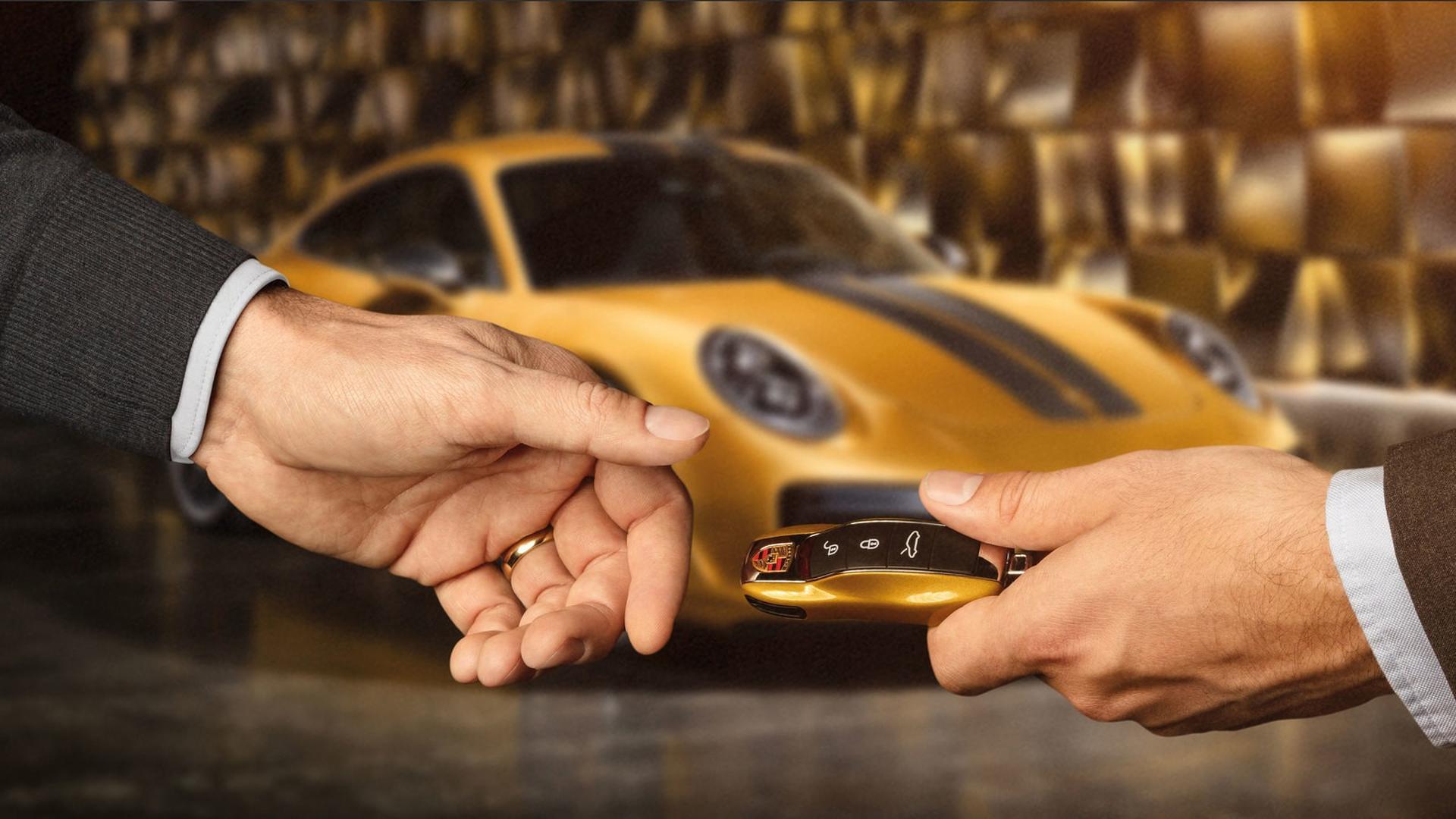 Porsche_911_Turbo_S_Exclusive_Series_01