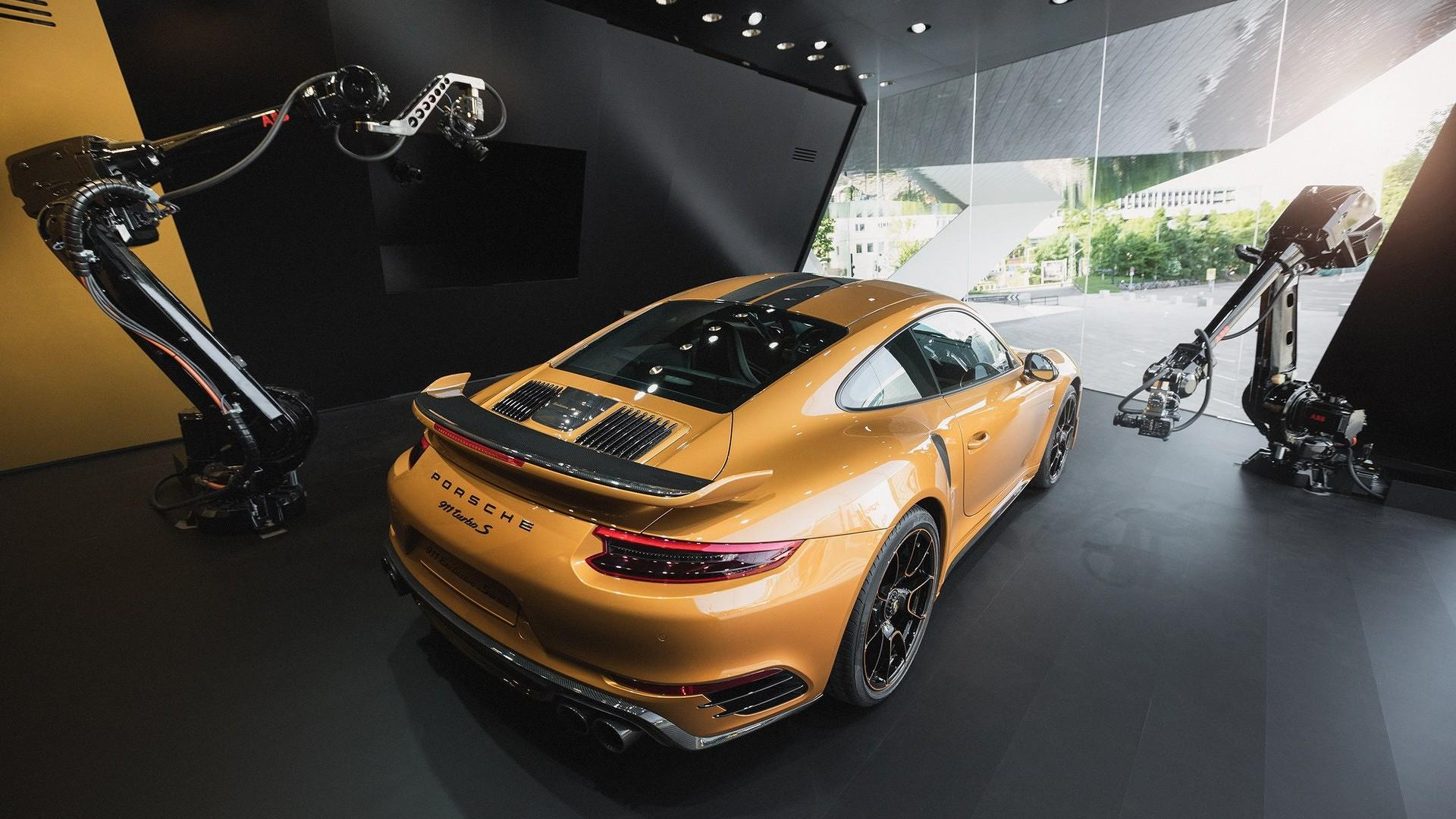 Porsche_911_Turbo_S_Exclusive_Series_08