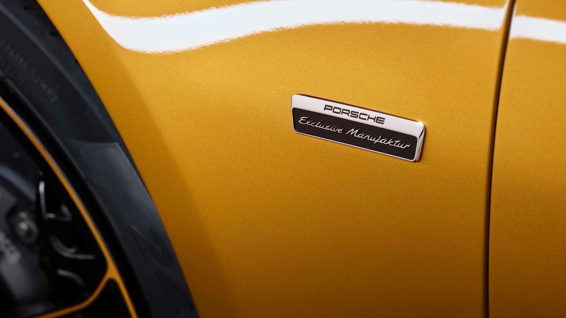 Porsche_911_Turbo_S_Exclusive_Series_16