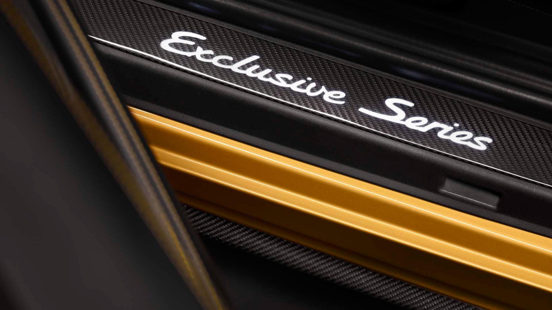 Porsche_911_Turbo_S_Exclusive_Series_21