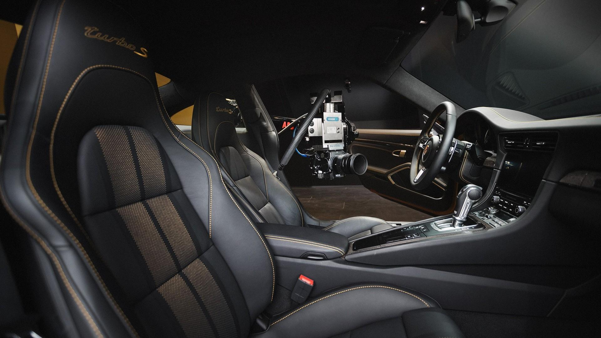 Porsche_911_Turbo_S_Exclusive_Series_26