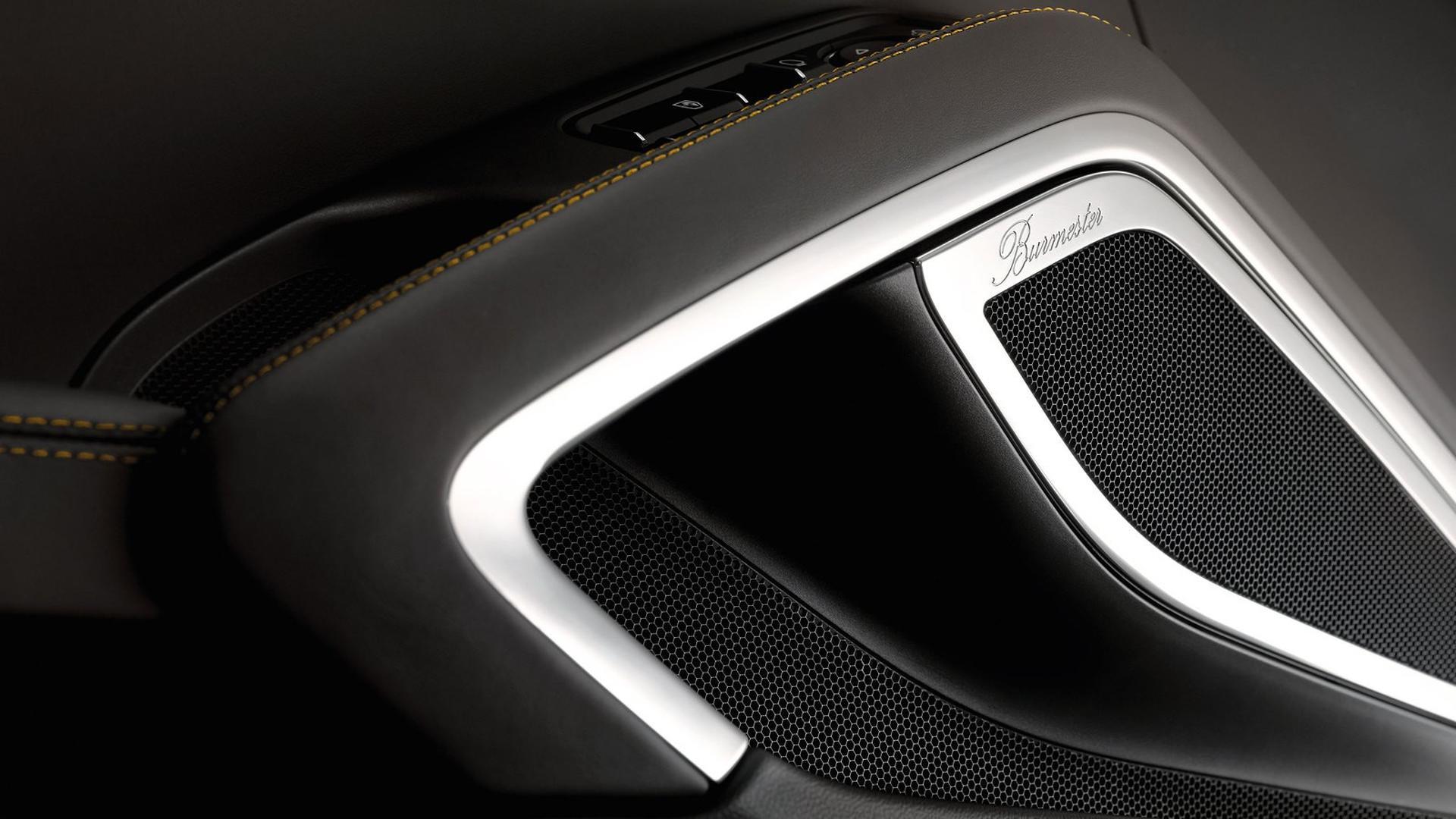 Porsche_911_Turbo_S_Exclusive_Series_30