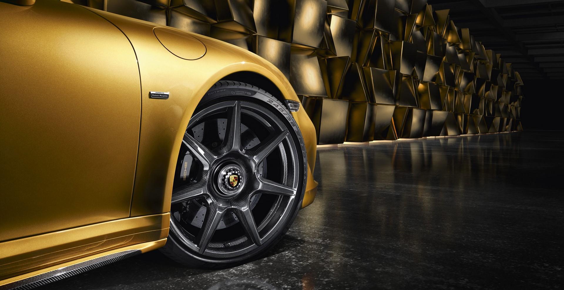 Porsche 911 Turbo S Exclusive Series carbon wheels (1)