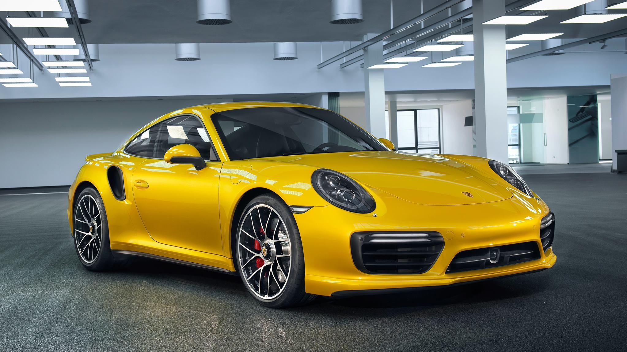 Porsche 911 Turbo Saffron Yellow Metallic (1)