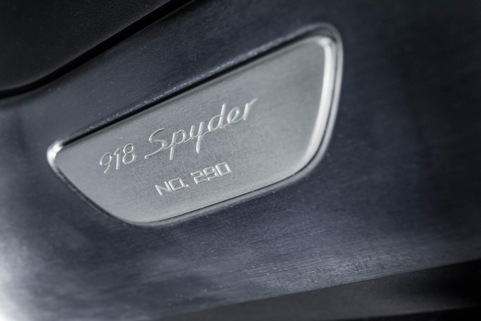 20__ Porsche 918 38 copy