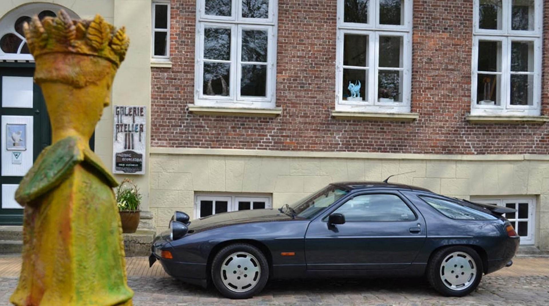 Porsche 928 (7)