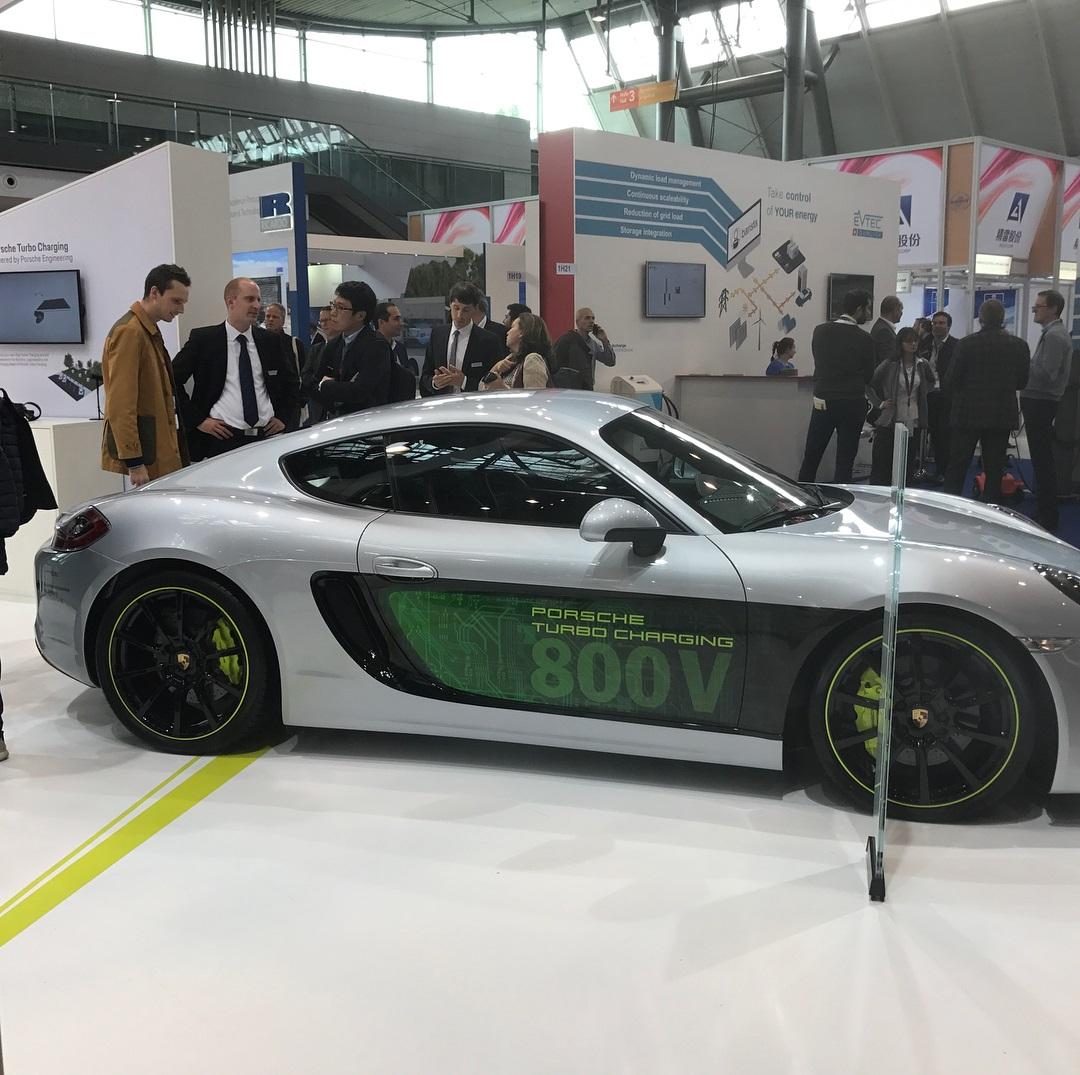 Porsche Cayman e-volution Concept