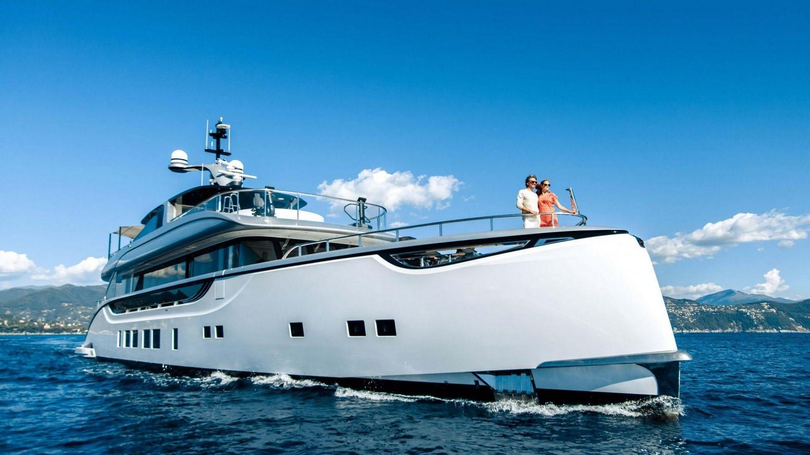 porsche-design-dynamiq-gtt-115-hybrid-superyacht