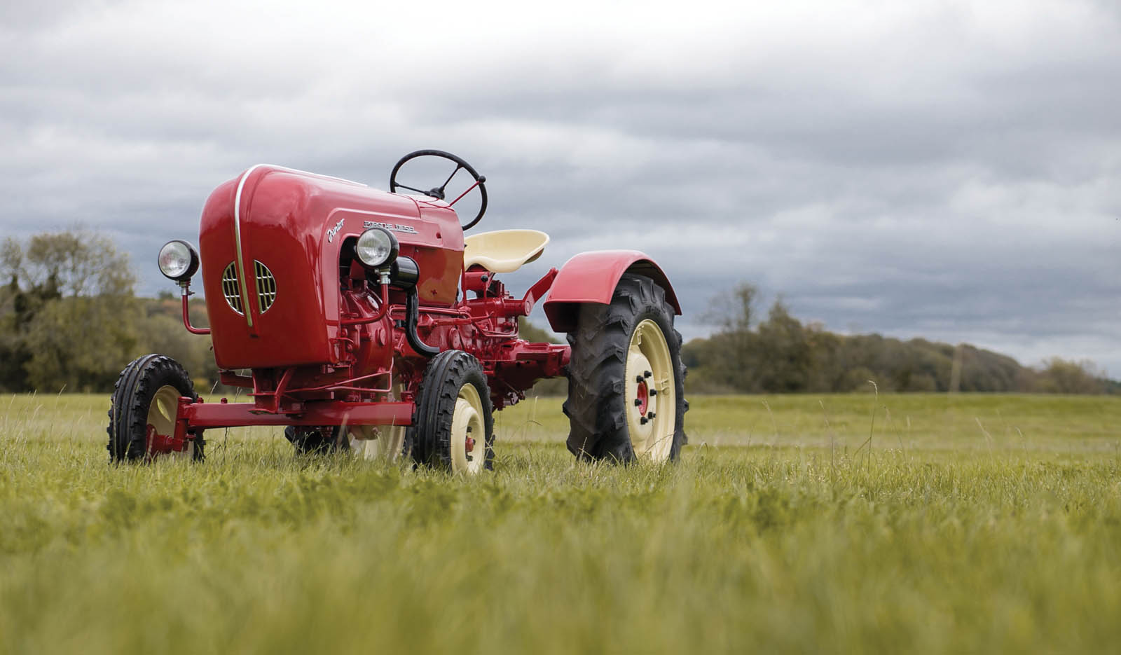 Porsche Diesel Junior 108 L 1960 in auction (1)