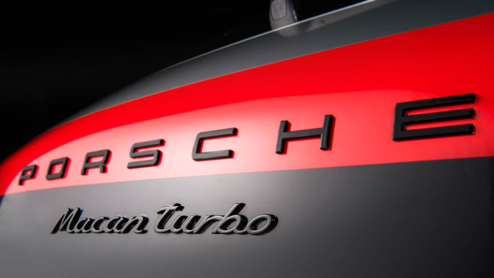 Porsche_Macan_Special_livery_09
