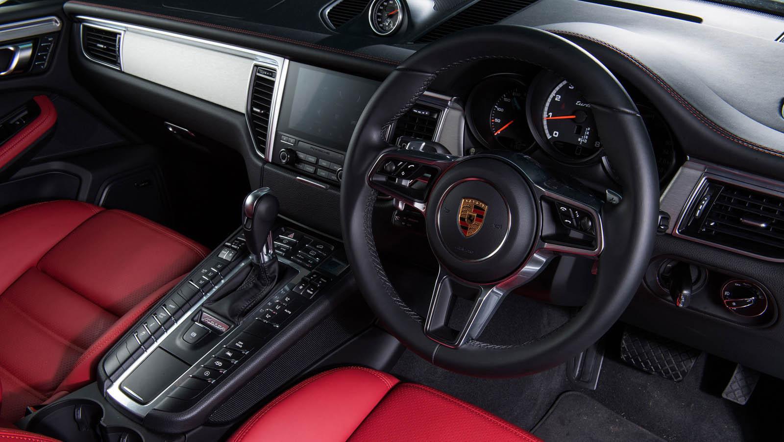 Porsche_Macan_Special_livery_11