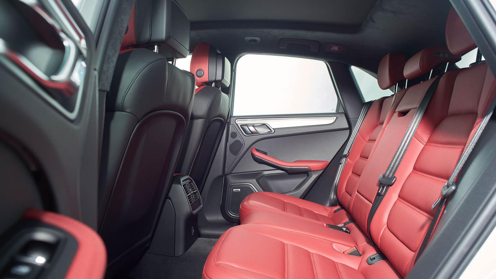 Porsche_Macan_Special_livery_12