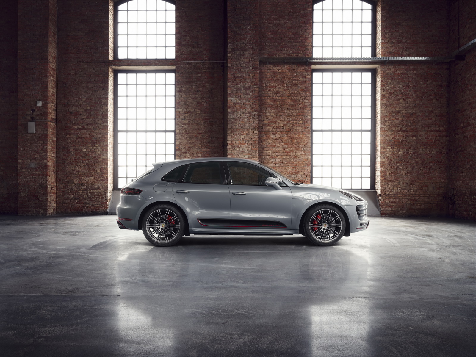 Porsche_Macan_Turbo_Exclusive_Performance_Edition_02
