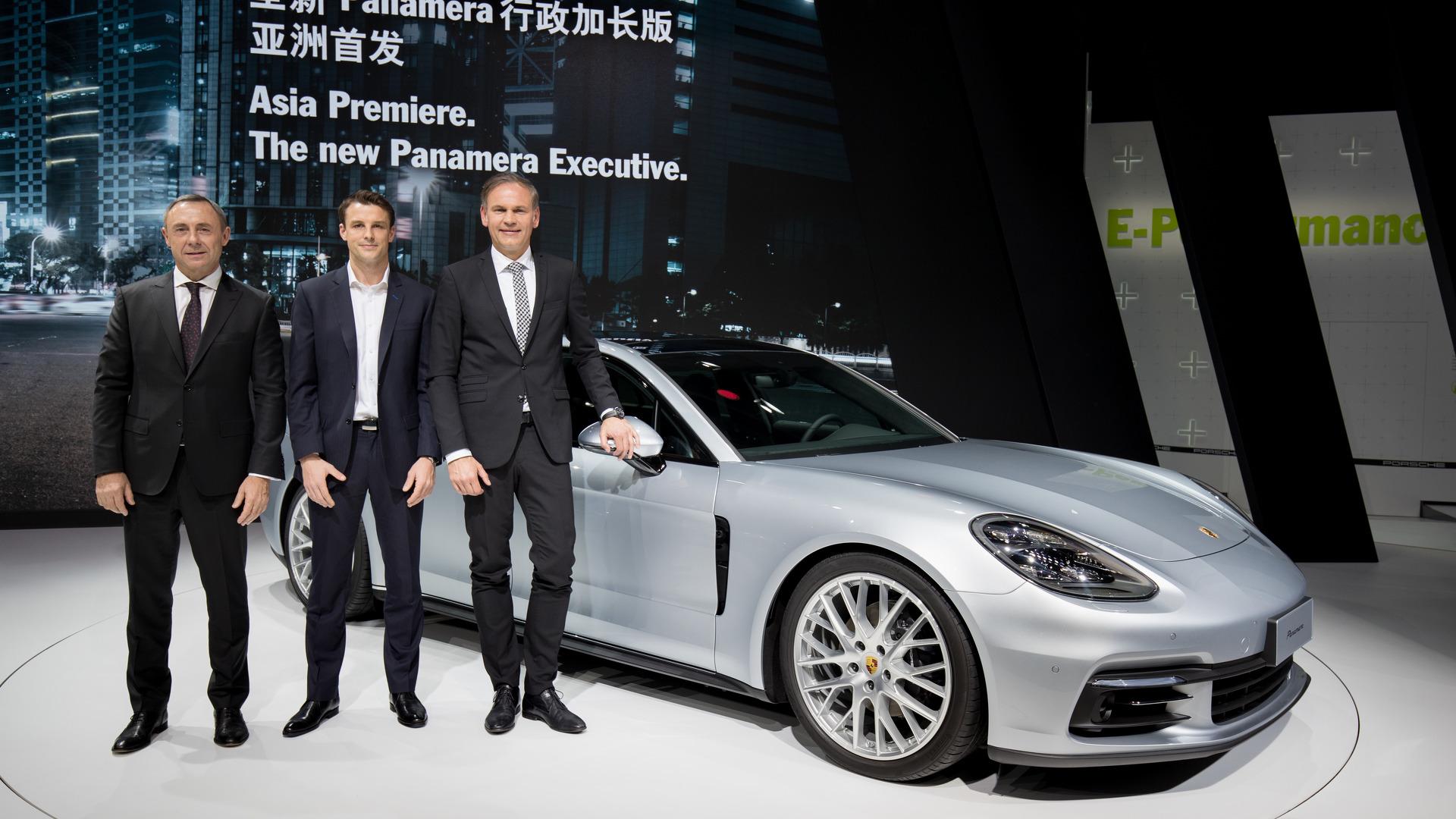 Porsche Panamera Executive (3)