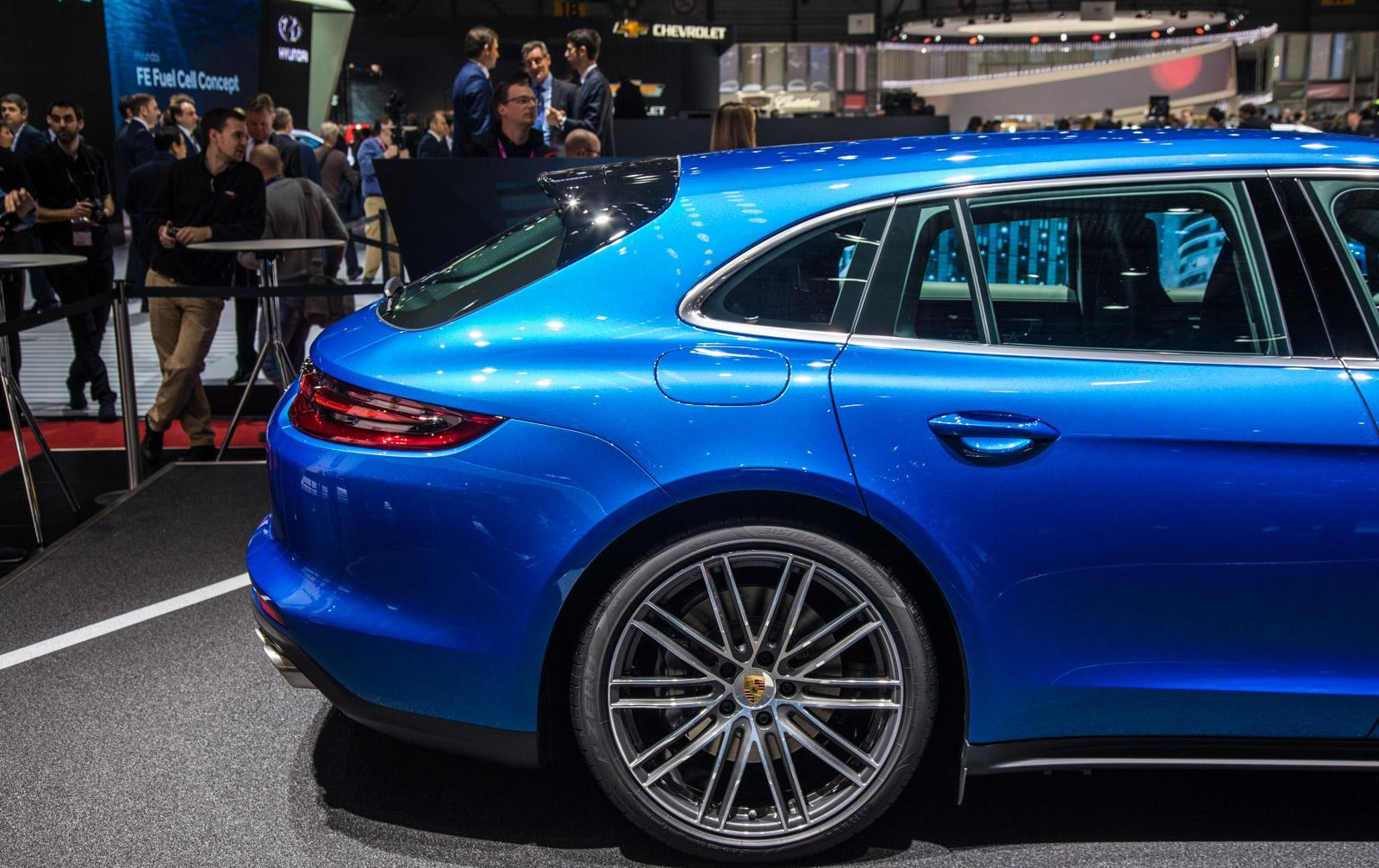 Porsche-Panamera-Sport-Turismo-008