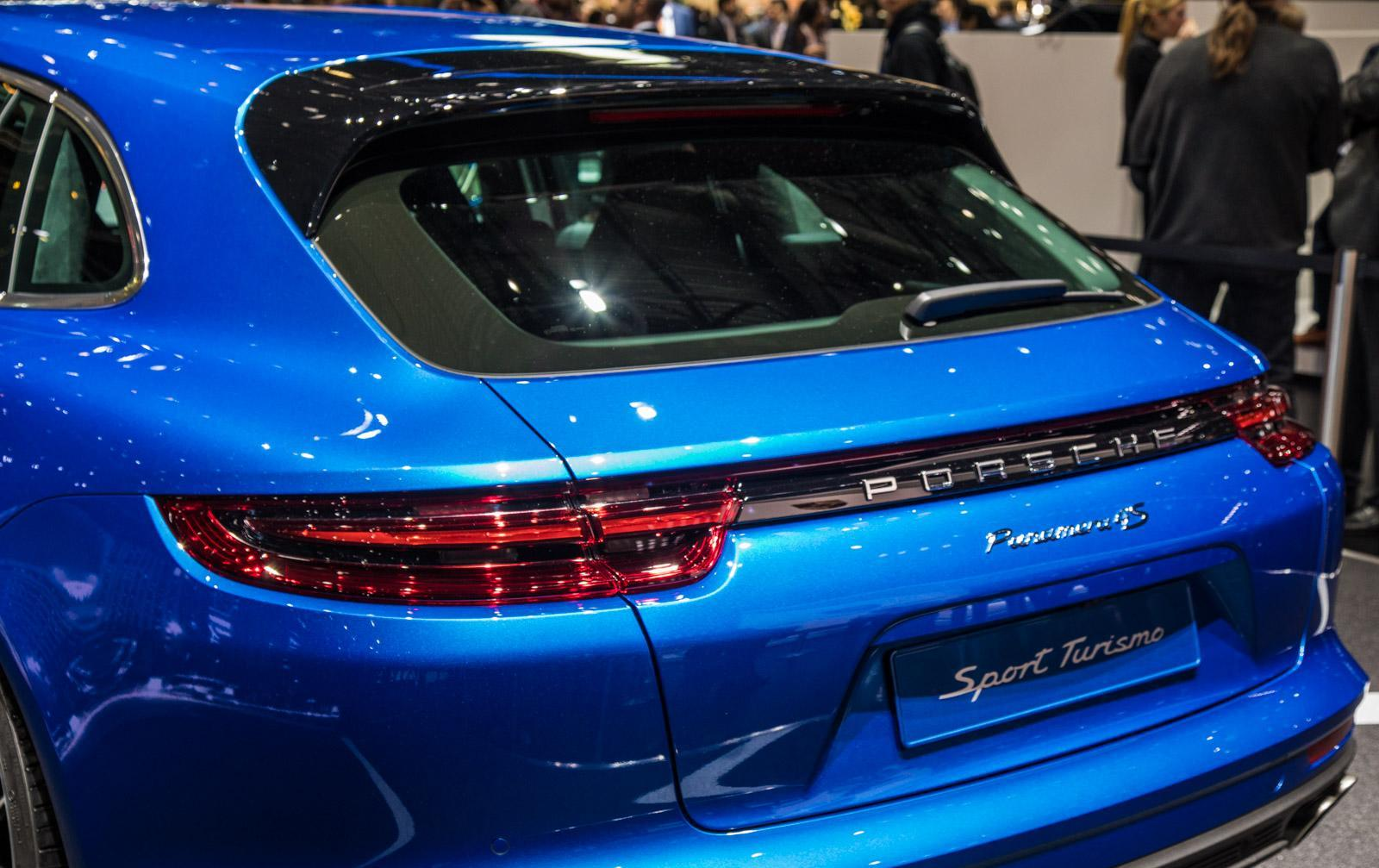 Porsche-Panamera-Sport-Turismo-011
