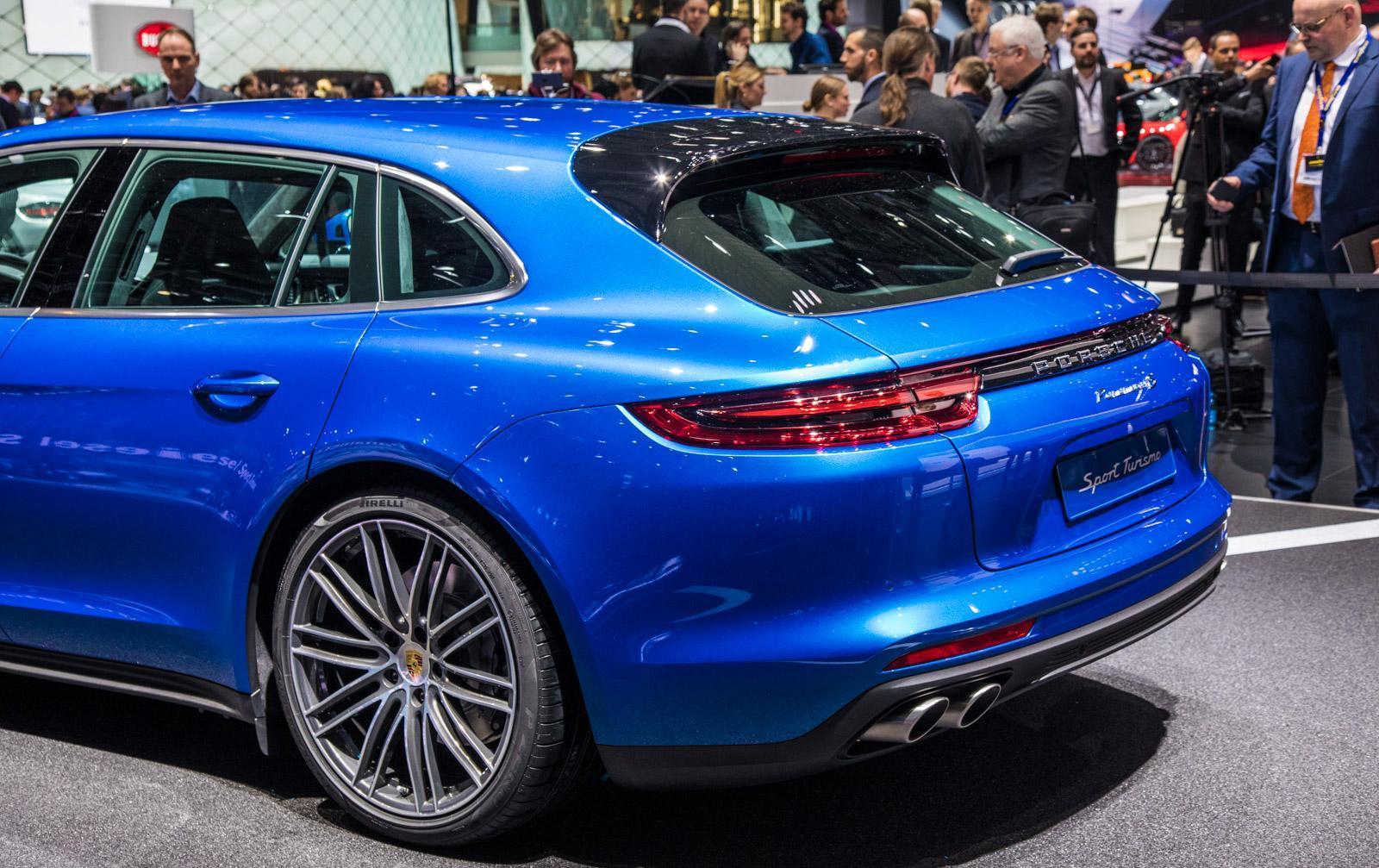 Porsche-Panamera-Sport-Turismo-013