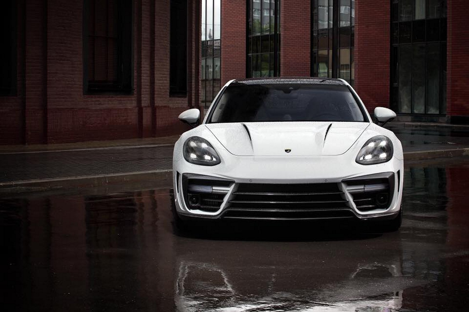 Porsche_Panamera_Stingray_GTR_by_Topcar_15