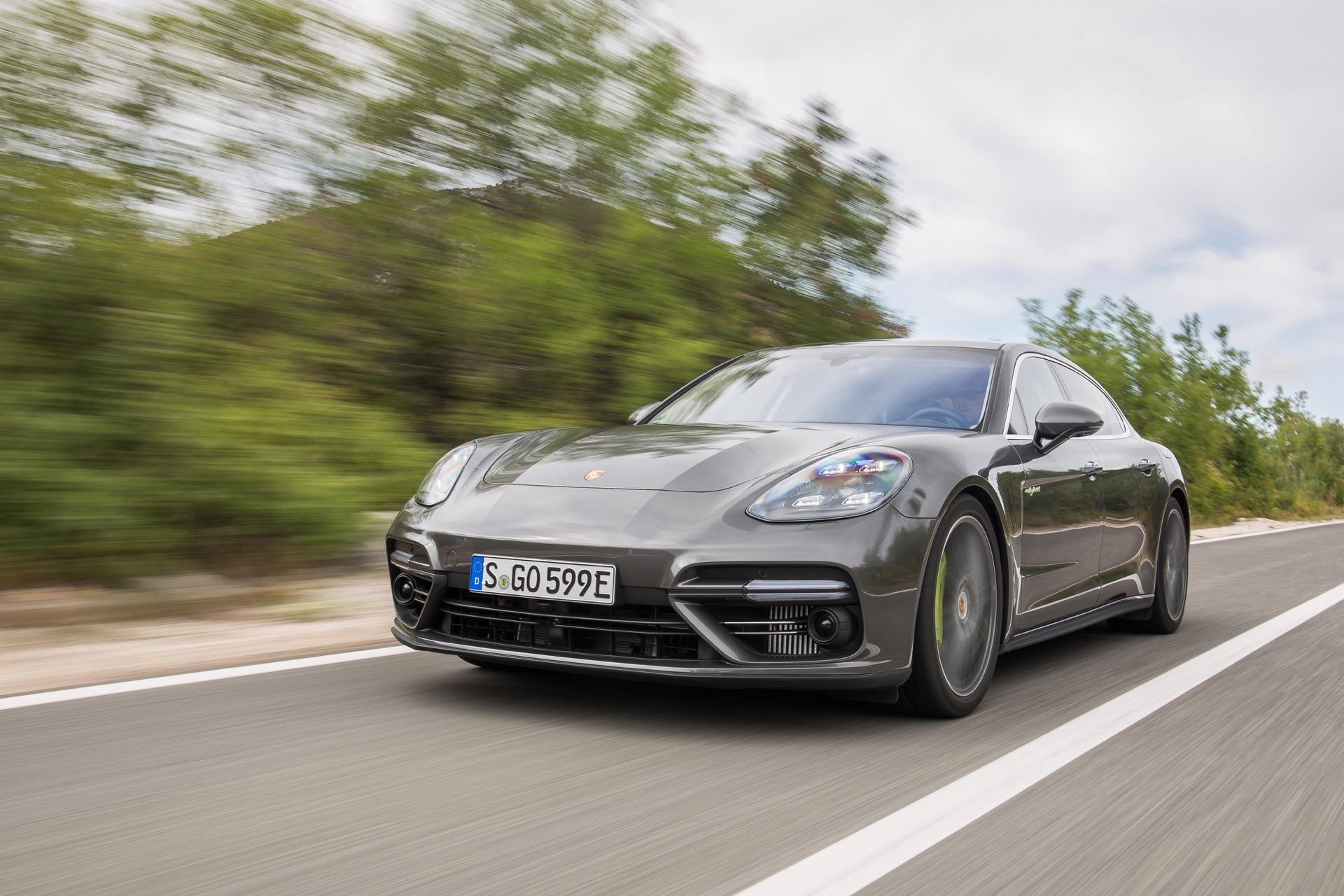 Porsche_Panamera_Turbo-S-E-Hybrid_09