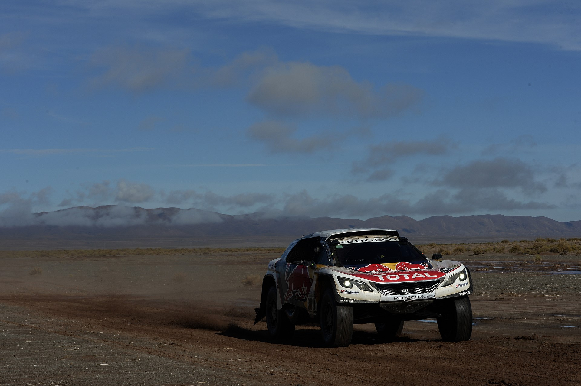 309 LOEB SEBASTIEN (fra) ELENA DANIEL (mco) PEUGEOT TEAM PEUGEOT TOTAL 3008 DKR action during the Dakar 2017 Paraguay Bolivia Argentina , Etape 8 - Stage 8, Uyuni - Salta,  January 10 - Photo Eric Vargiolu / DPPI