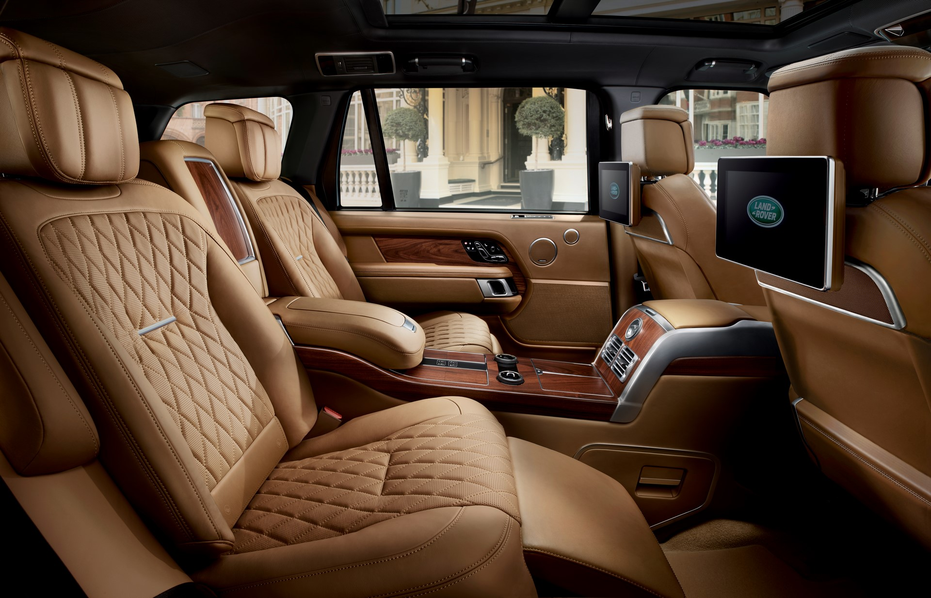 Range Rover SVAutobiography 2018 (21)