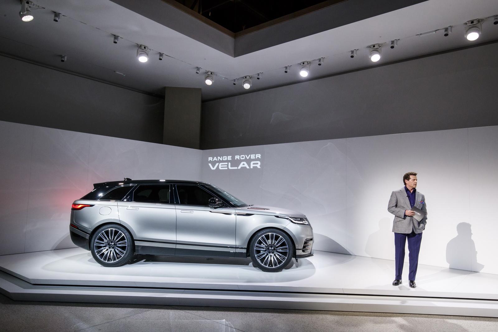 Range Rover Velar in Geneva 2017 (37)