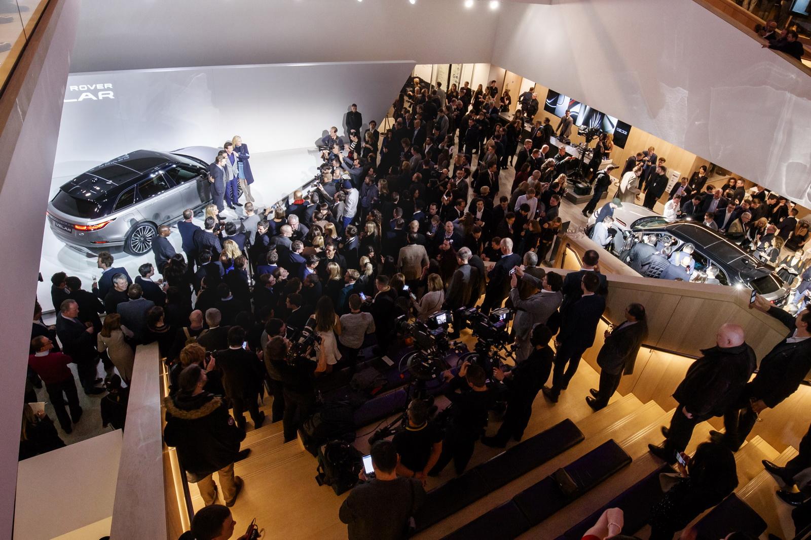 Range Rover Velar in Geneva 2017 (39)