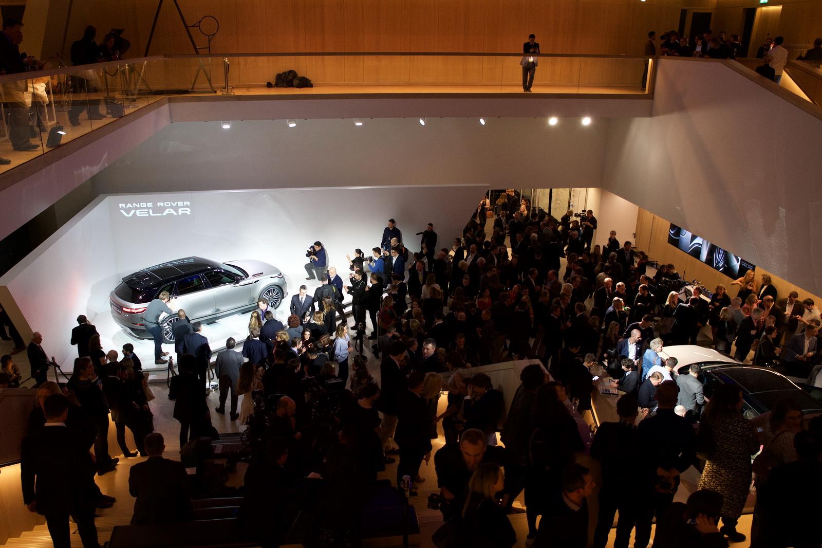 Range Rover Velar in Geneva 2017 (4)