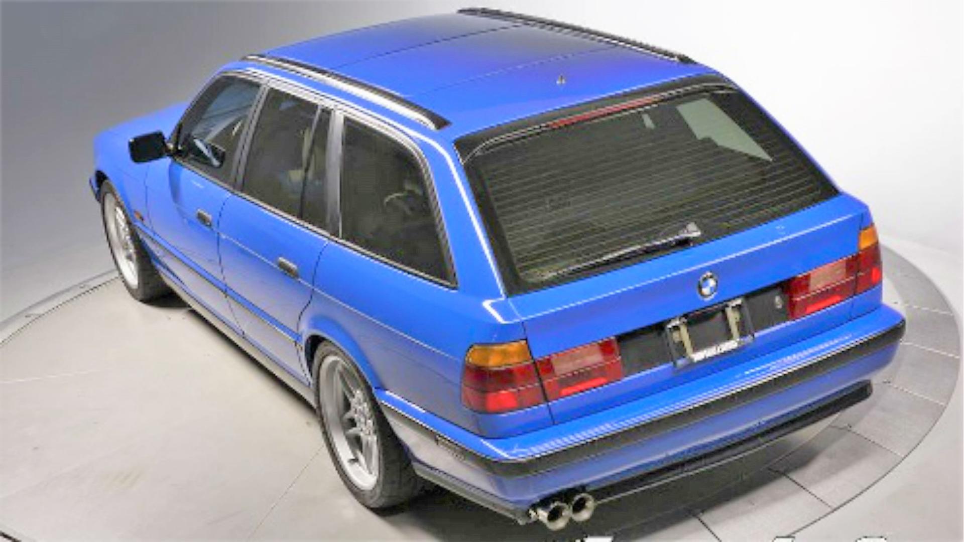 Rare_BMW_M5-E34_03