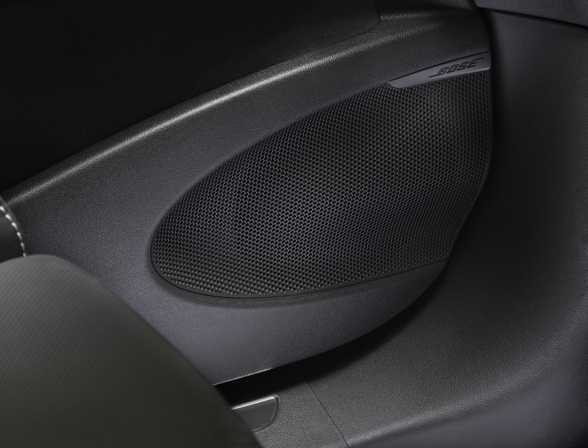 Renault_93186_global_en