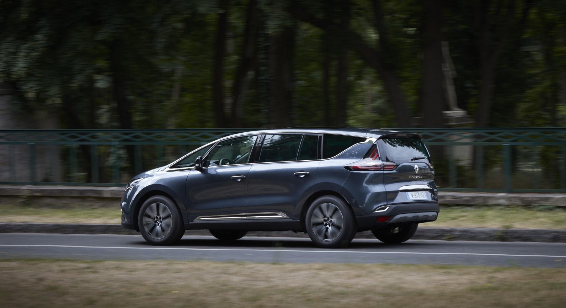 Renault_93192_global_en