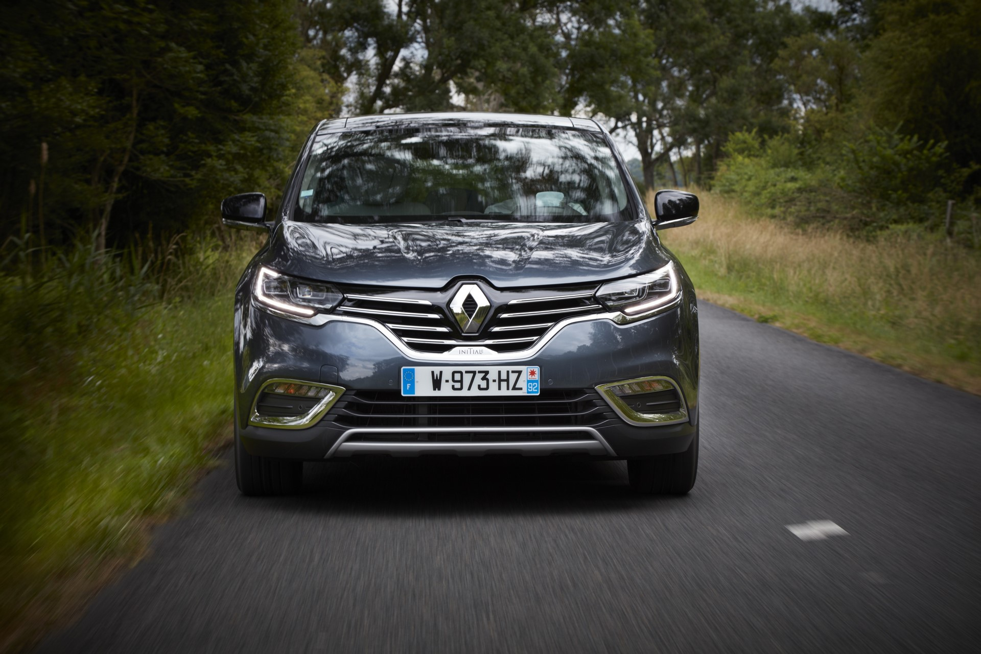 Renault_93204_global_en