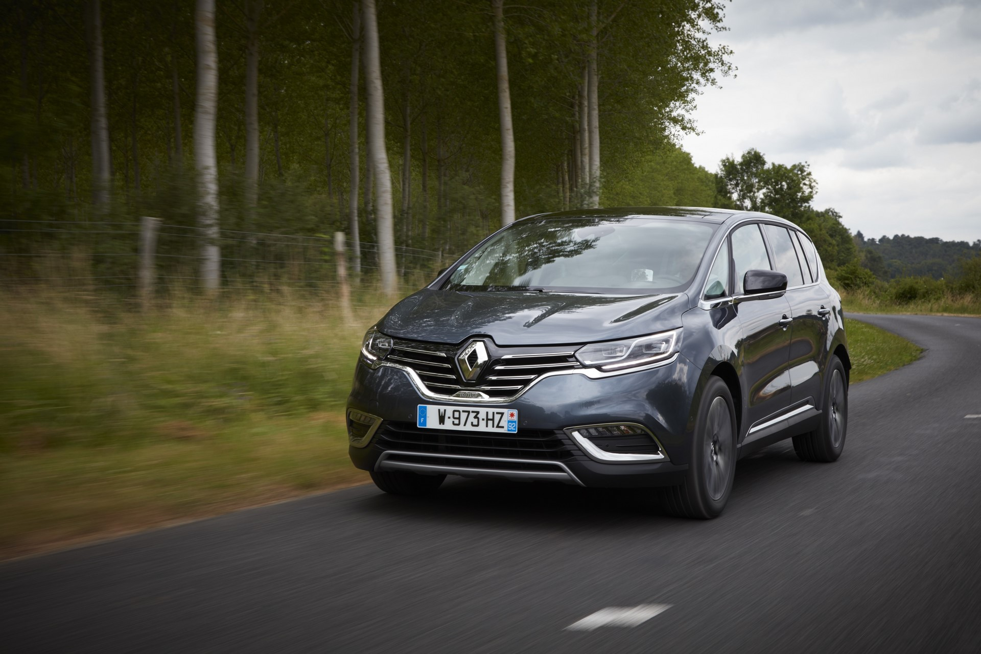 Renault_93209_global_en