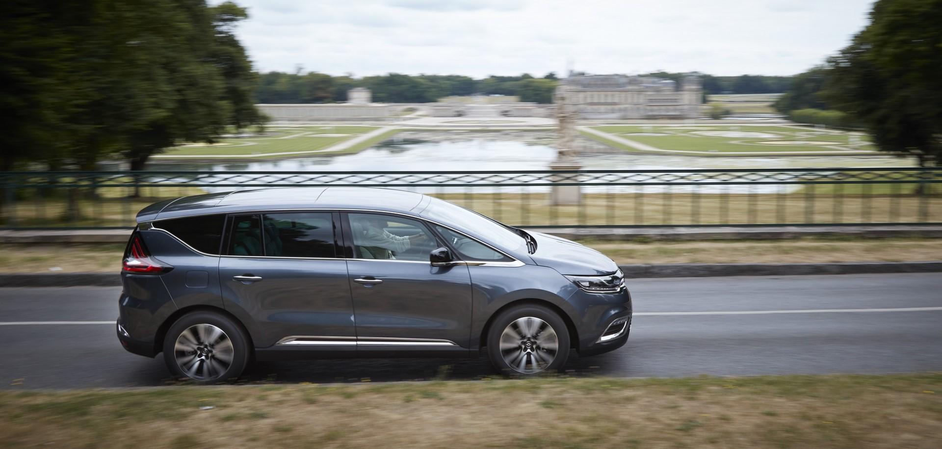 Renault_93240_global_en