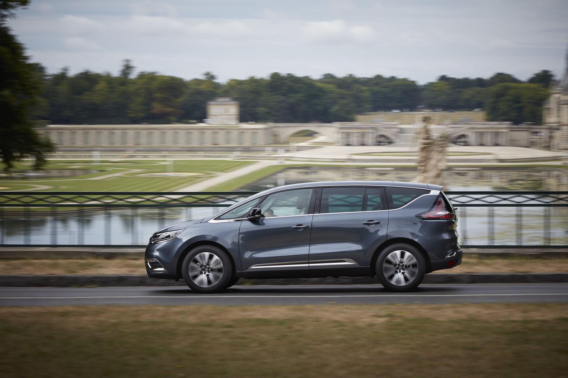 Renault_93242_global_en