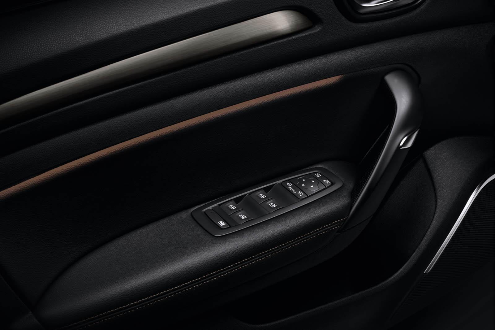 Renault Megane Akaju Edition (6)