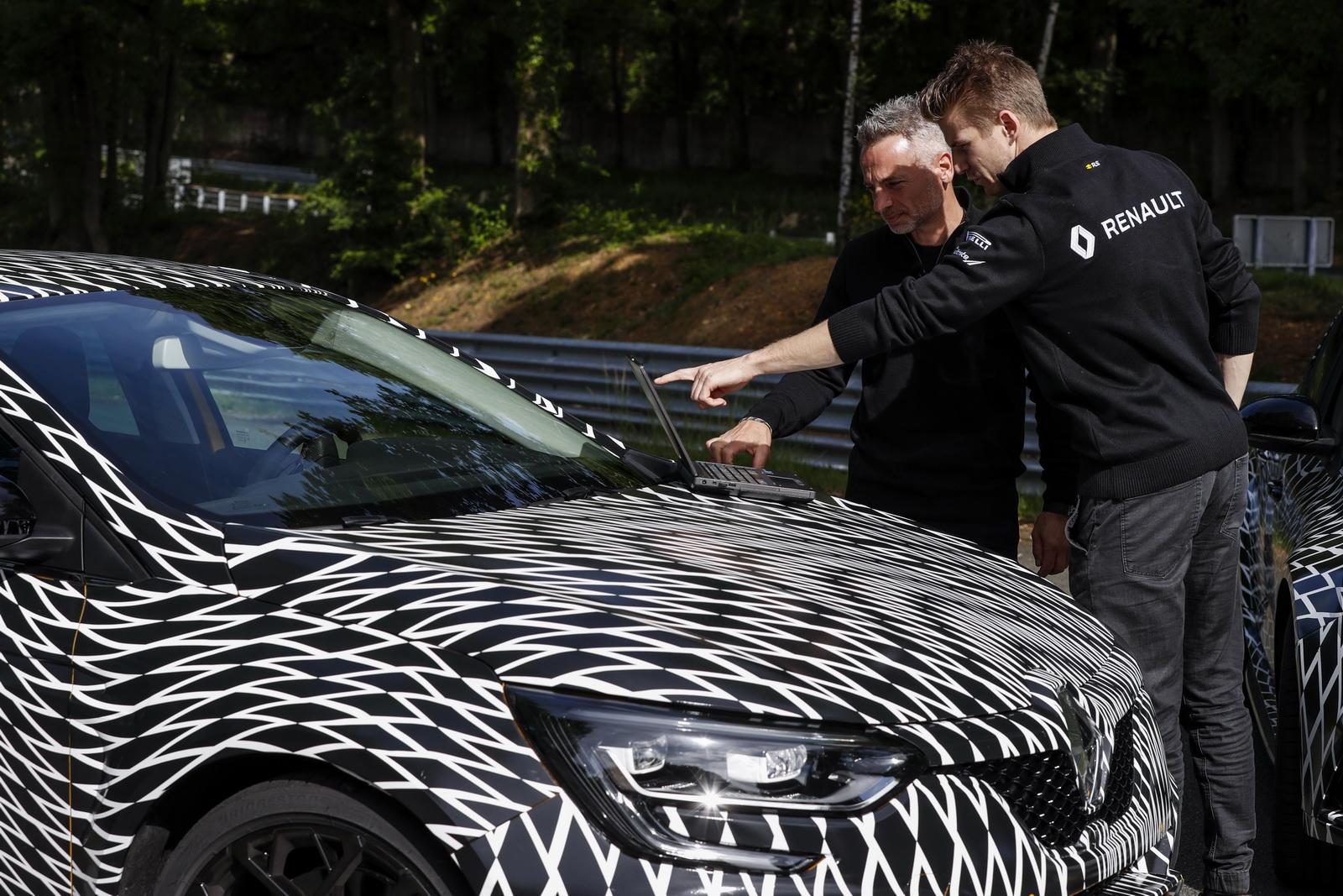 Renault_Megane_RS_04