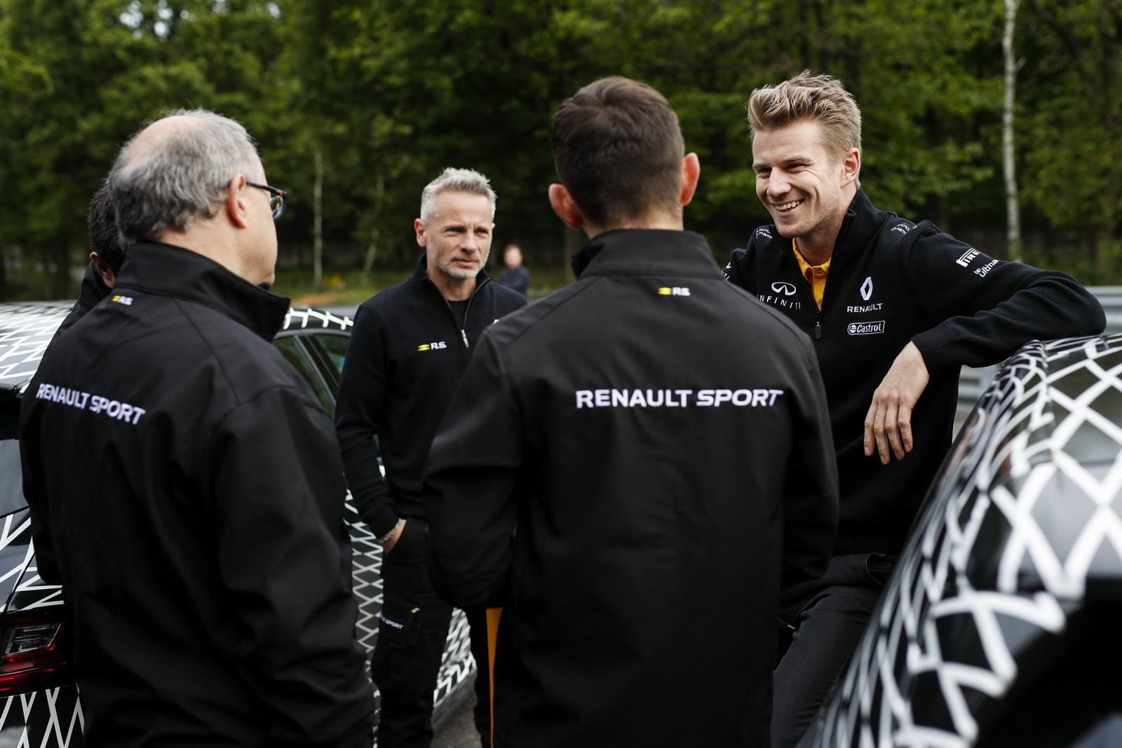 Renault_Megane_RS_08