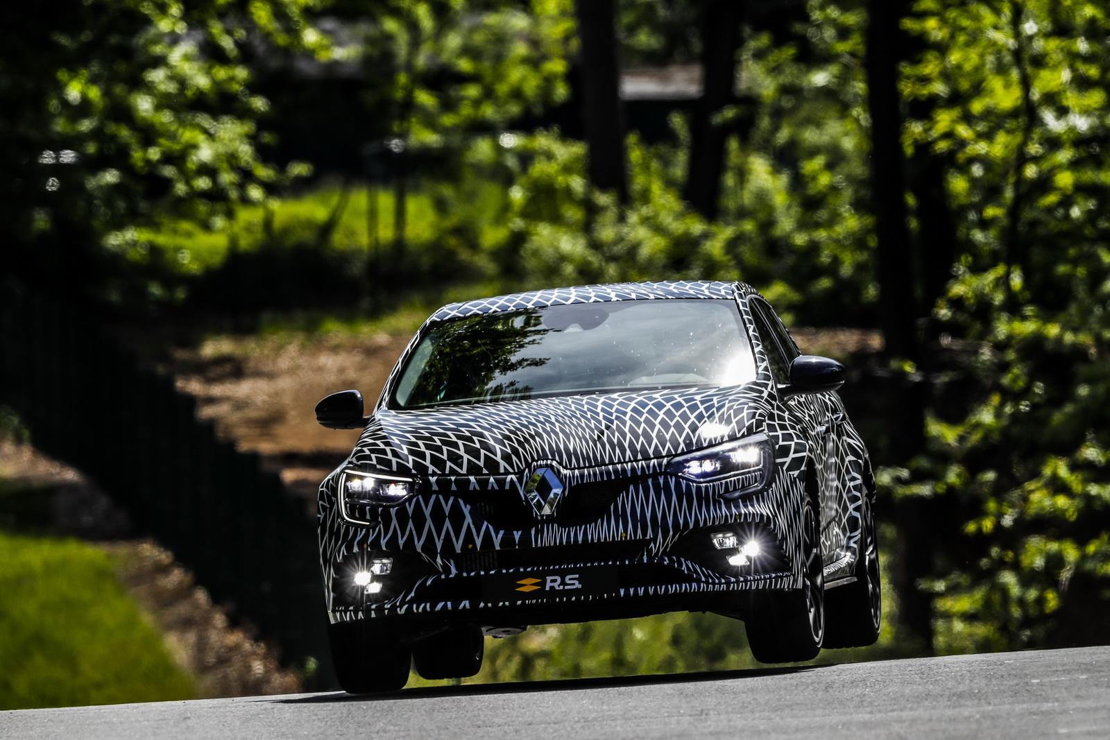 Renault_Megane_RS_10