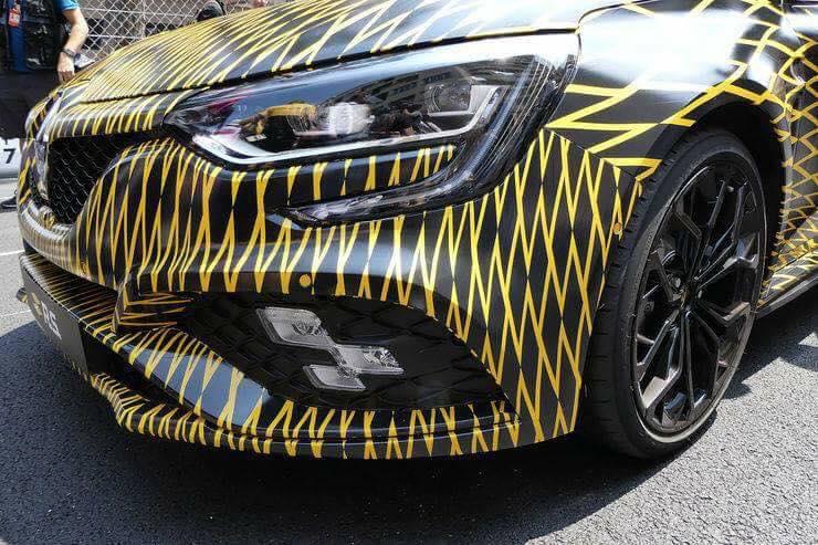 2018_Renault_Megane_RS_03