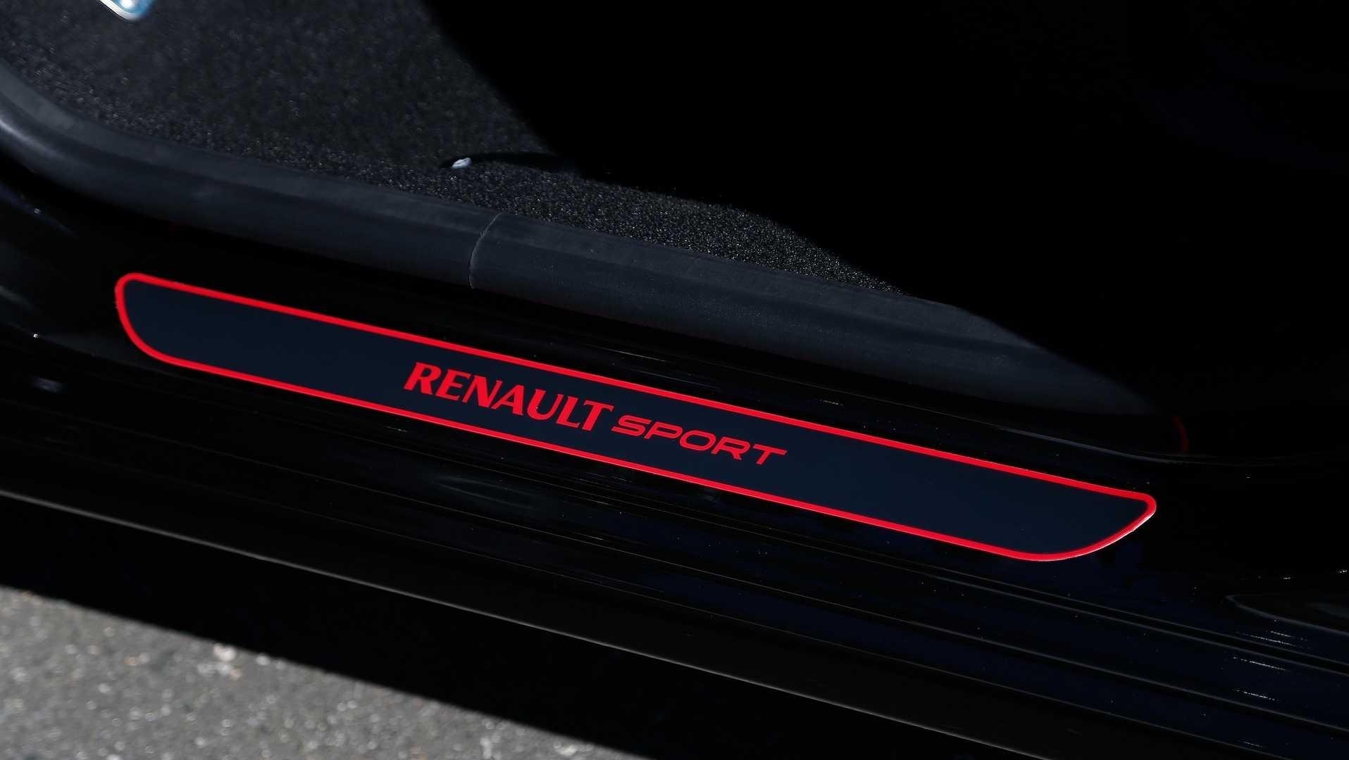Sandero R. S. 2.0 Racing Spirit. Foto: Rodolfo BUHRER / La Imagem / Renault