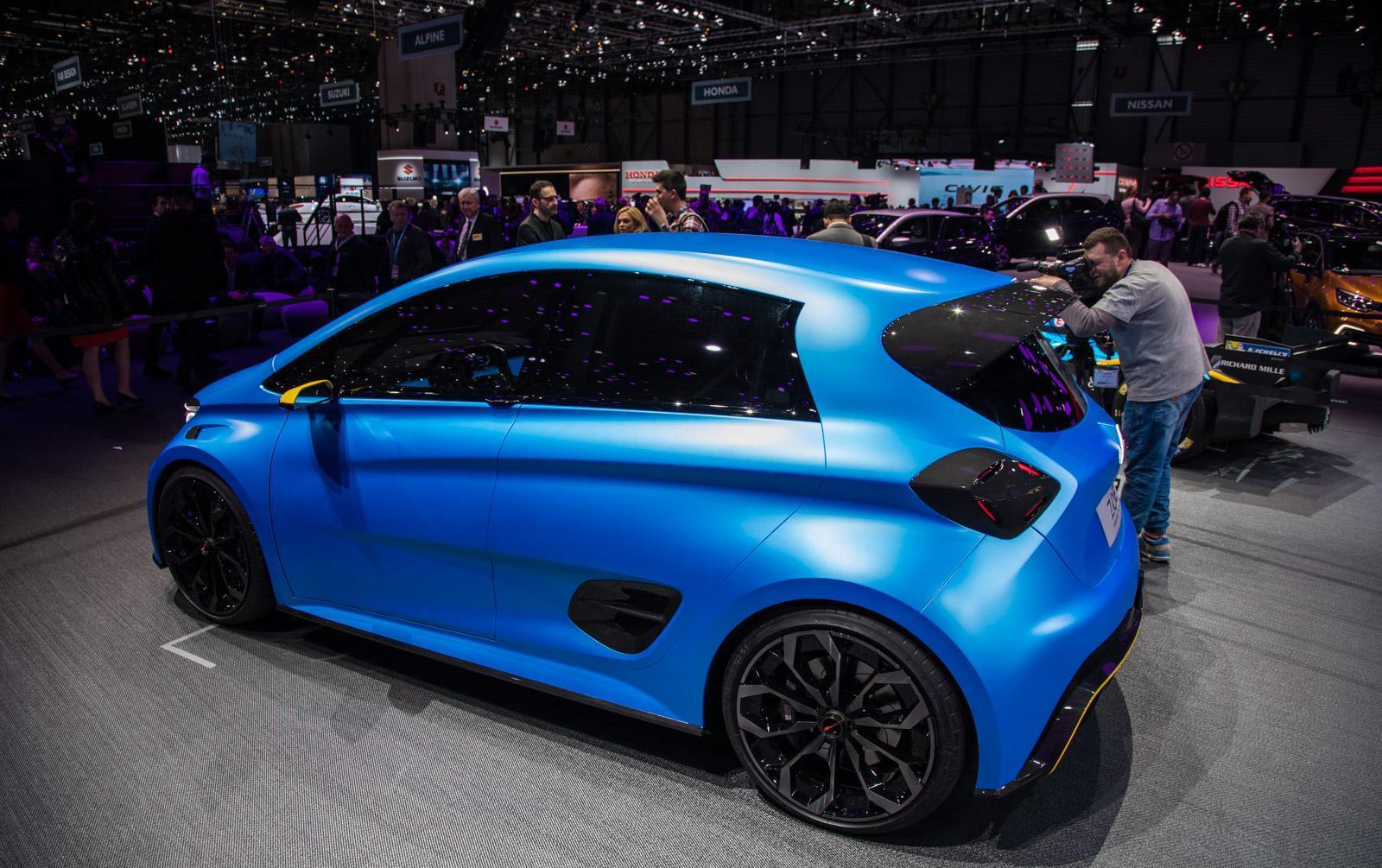 Renault-Zoe-E-Sport-Concept-006
