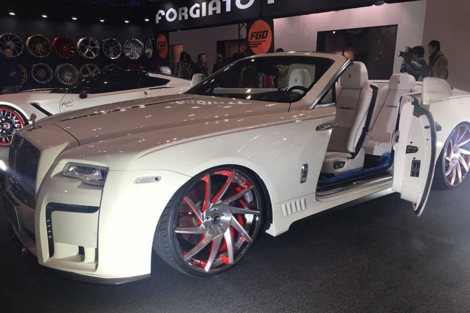 Rolls-Royce Dawn by Wald (3)