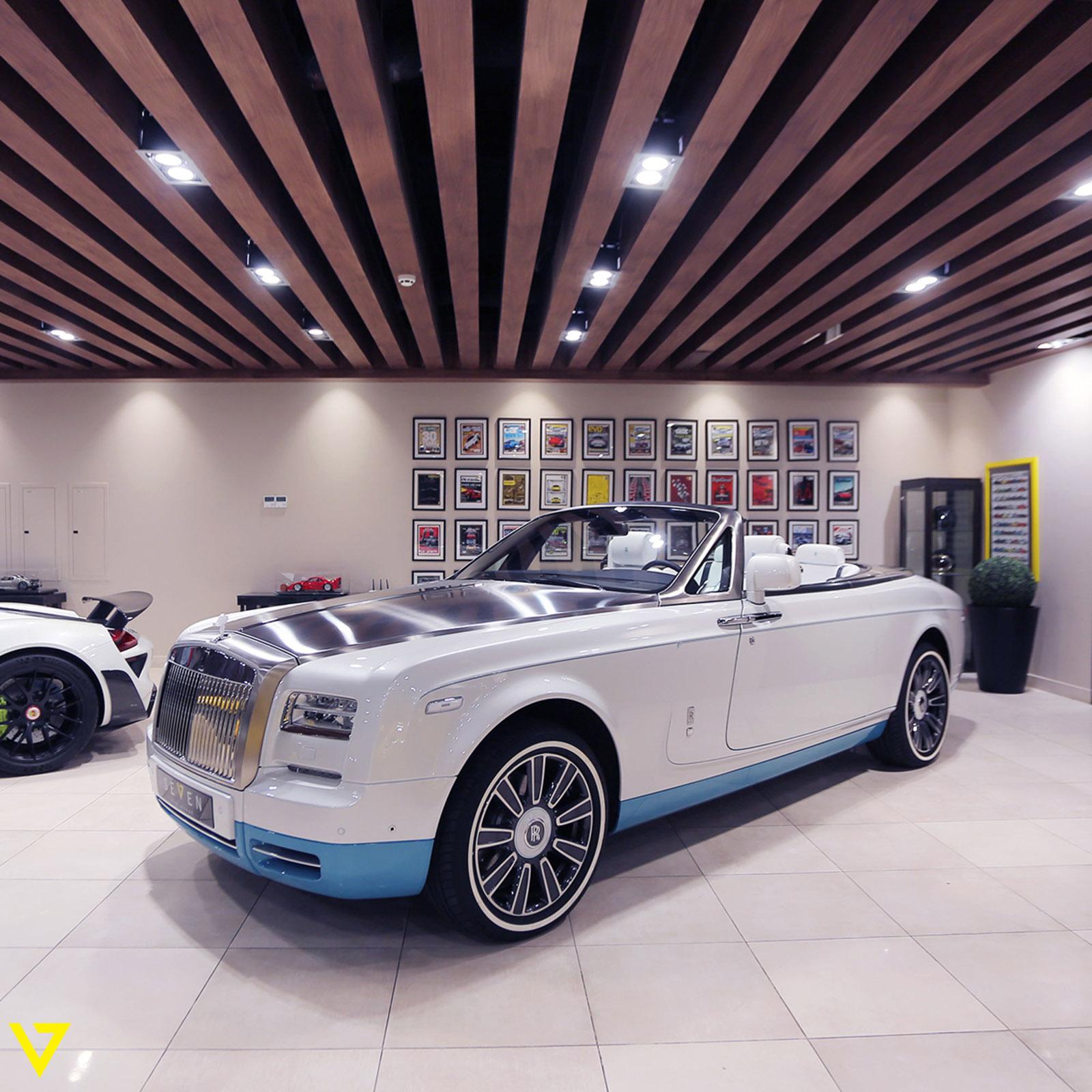 Rolls-Royce_Phantom_Drophead_Coupe_Last-of-Last_edition_03