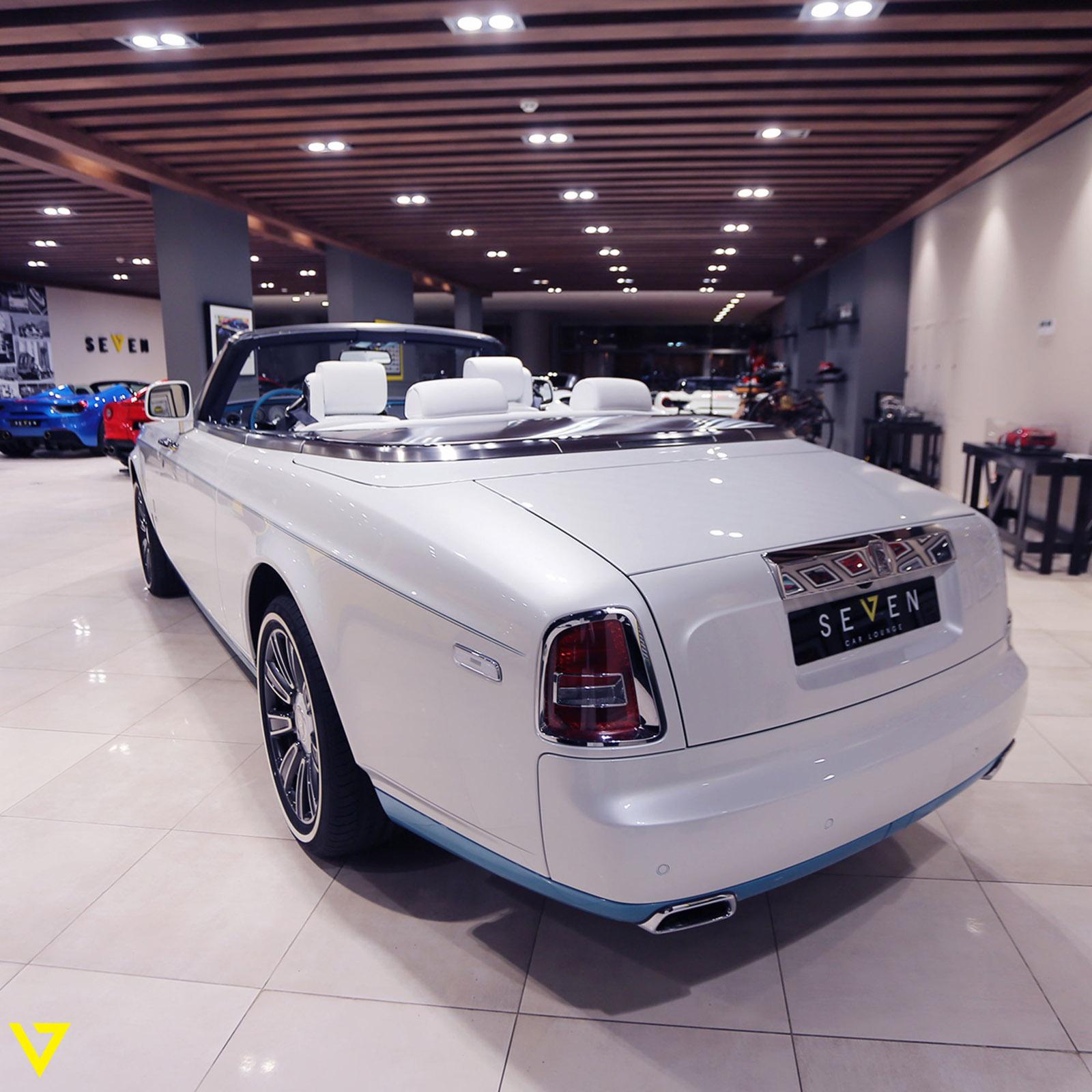 Rolls-Royce_Phantom_Drophead_Coupe_Last-of-Last_edition_06