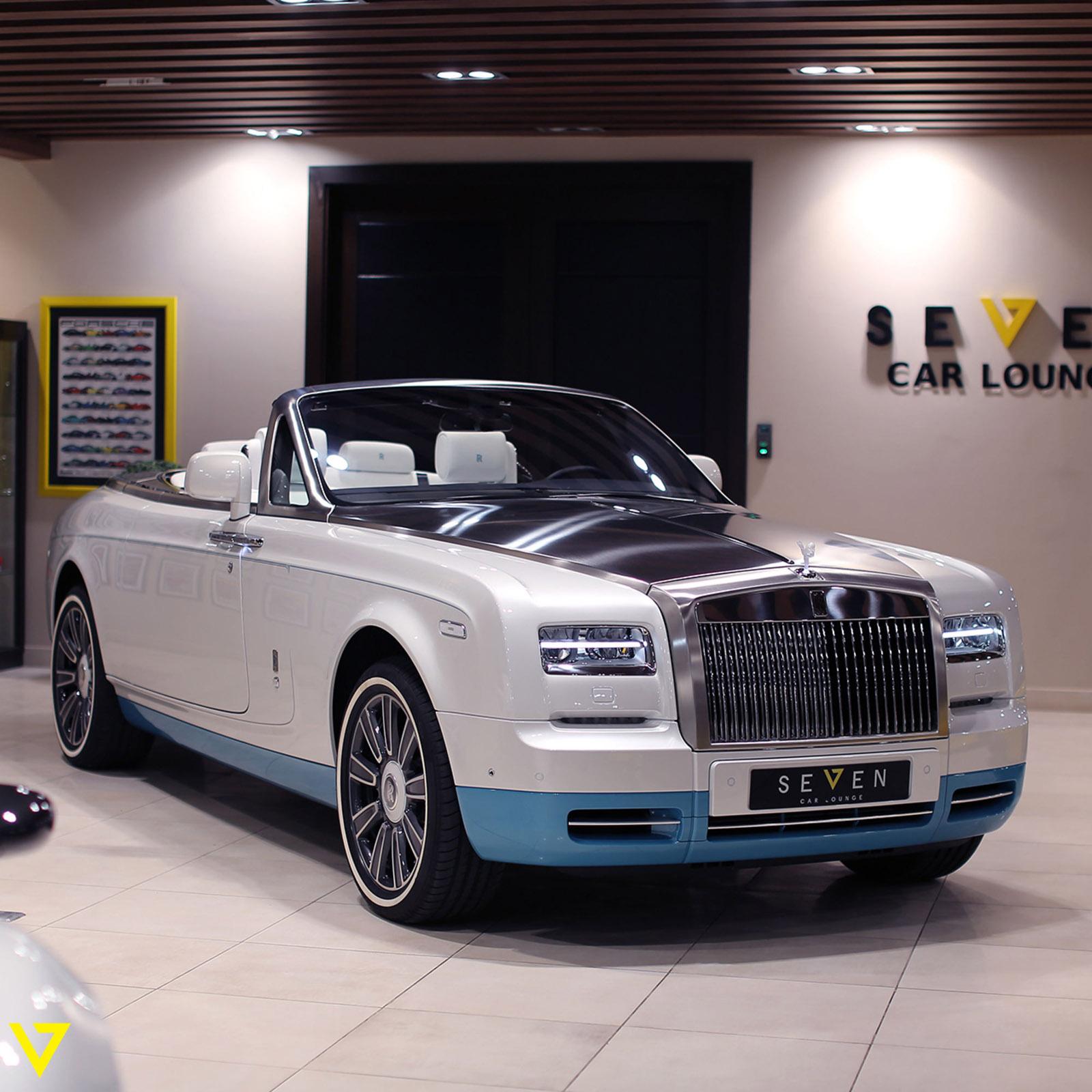 Rolls-Royce_Phantom_Drophead_Coupe_Last-of-Last_edition_07