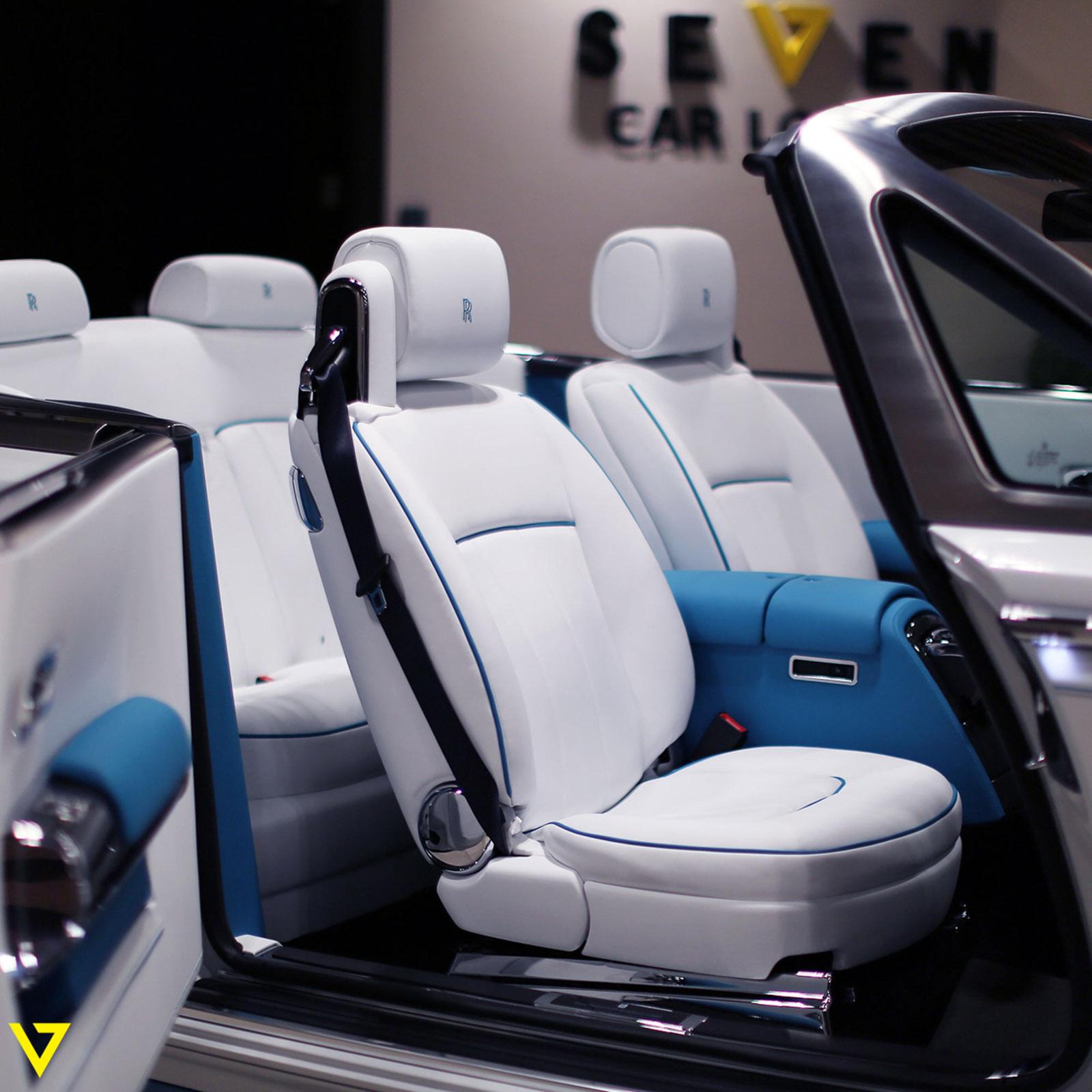 Rolls-Royce_Phantom_Drophead_Coupe_Last-of-Last_edition_13