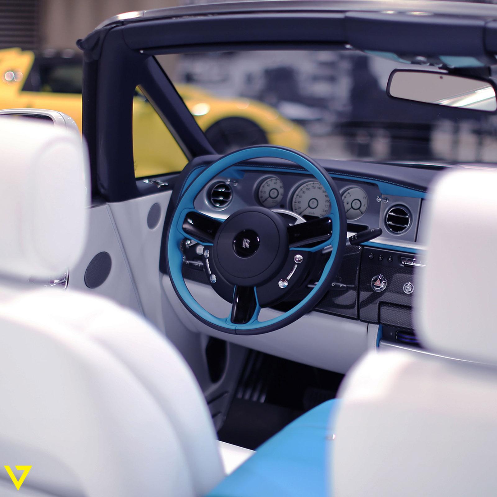 Rolls-Royce_Phantom_Drophead_Coupe_Last-of-Last_edition_14